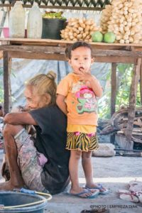 jitw-timorleste-pottery-young-and-okd-960x639